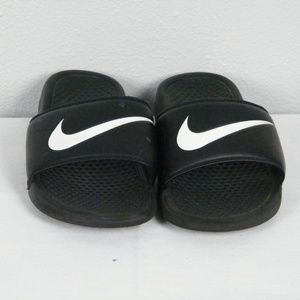 Other - Nike Sandals Size 9